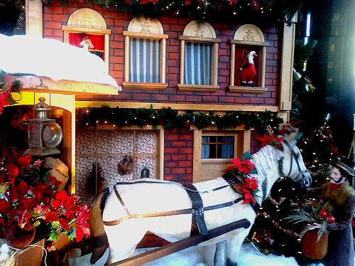 Woodward's Windows: A Vancouver Christmas tradition | Inside Vancouver Blog