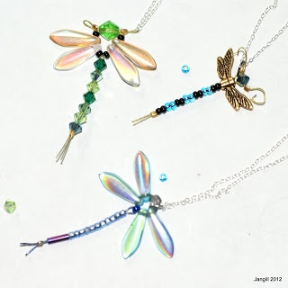 Tutorial Tuesday, free jewellery making tutorials on this blog, plus free to enter draw for jewellery.
