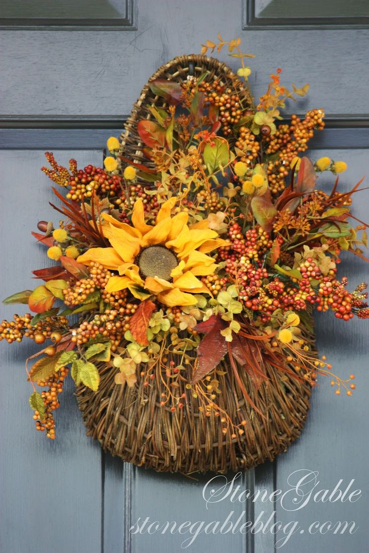 autumn+door+decorations   ... couple of old fall wreaths to make my new fall front door decor