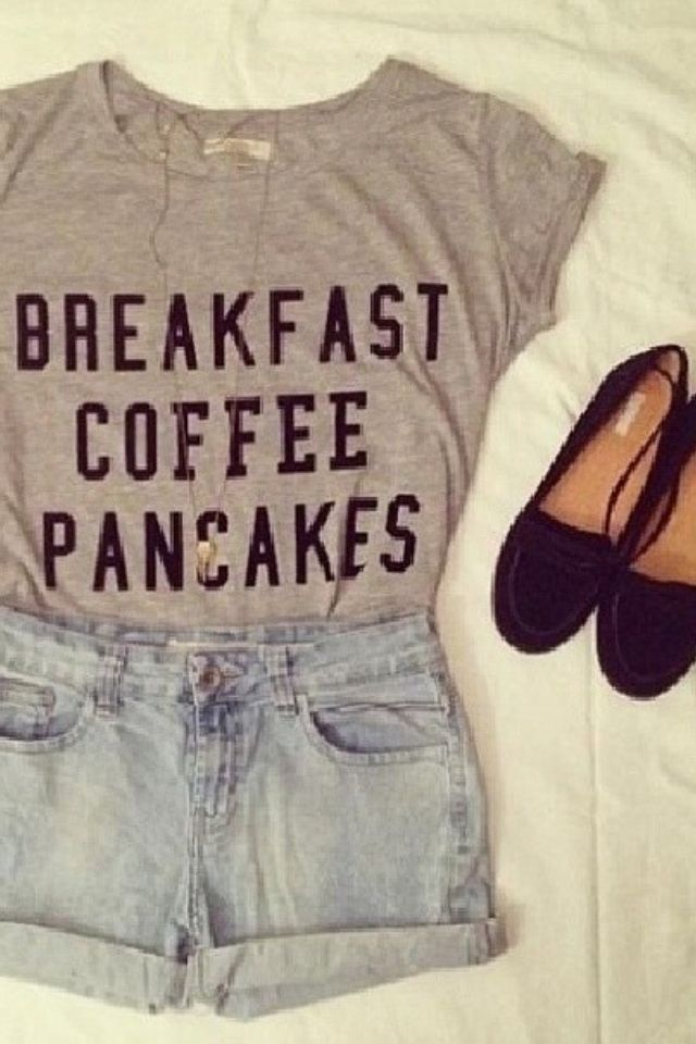 Adorable! What I would wear during breakfast at the restaurant.