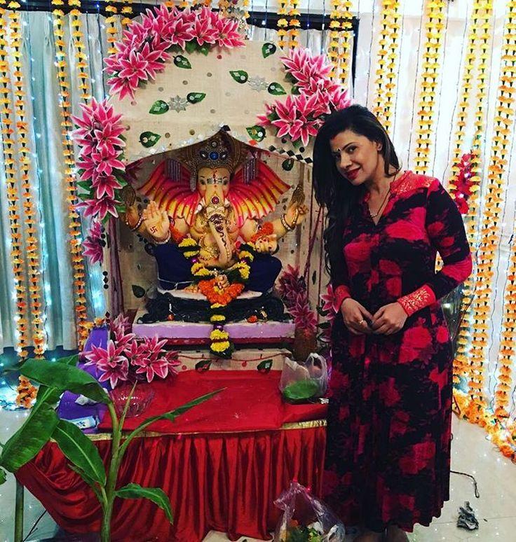 Just before the visarjan yesterday #ganeshchaturthi #ganpati #bappa #morya #festival #wishes #visarjan #day5