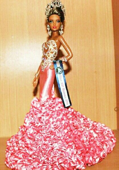 BArbie Miss Universe....