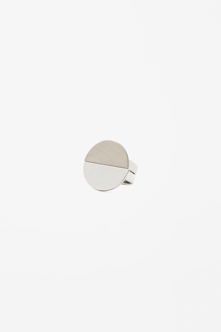 COS | Metal circle ring