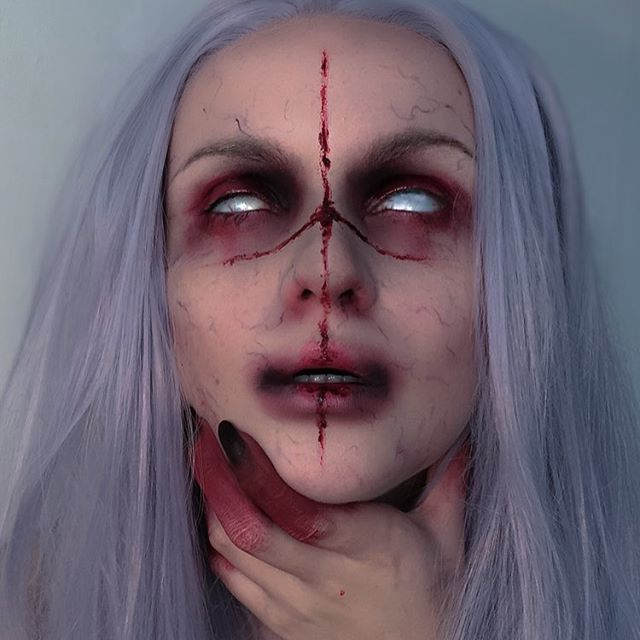 Possessed ✂️ a look a did for Halloween last year, I really have to do more stuff like this, cause seeing this pic reminded me how much I love doing freaky makeup. :)