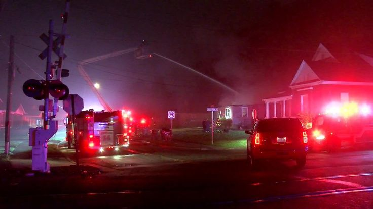 Memphis: Crews worked to battle a house fire early Thursday morning. The fire started at a home on Rozelle Street and Southern Avenue. The home was vacant at the time.