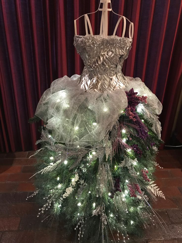 Dress Form Holiday Tree we have tutorials