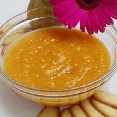 Compote de poires et abricots au miel : 40 recettes de compotes - Journal des Femmes