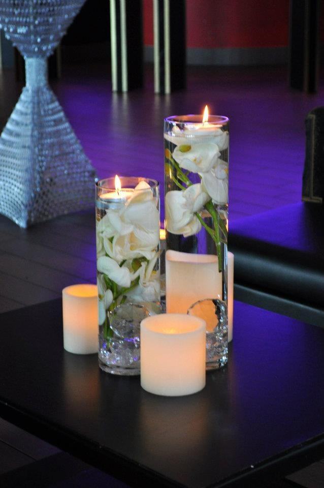 Stunning candle decor filled the entire room. Candles by Helix Candles.
