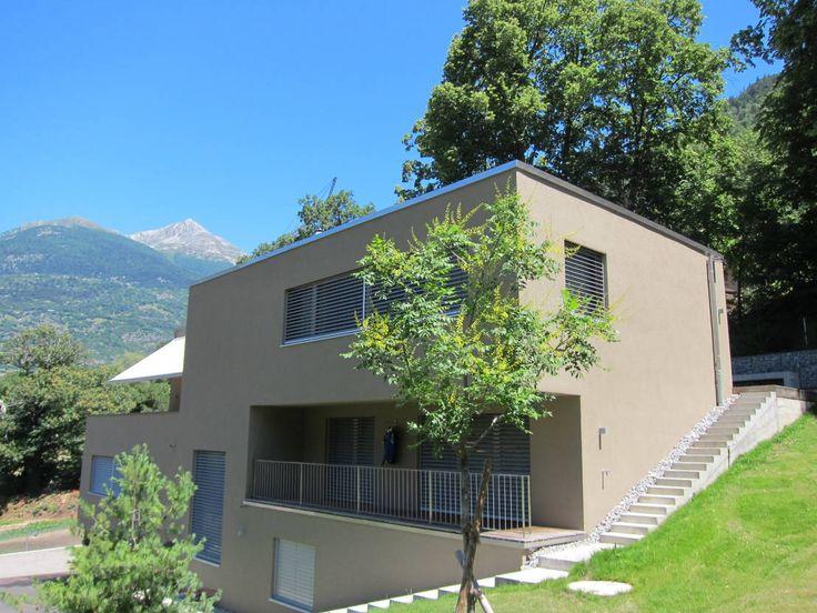 Aus dem Fenster schauen und die Berge sehen. Wer träumt nicht davon? In der schönen Schweiz machten BW1 Architekten diesen Traum vom Wohnen möglich.