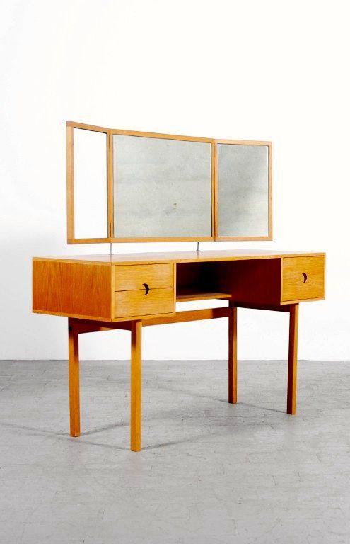 Aksel Kjersgaard; Oak and Mirrored Glass Dressing Table, 1960s.