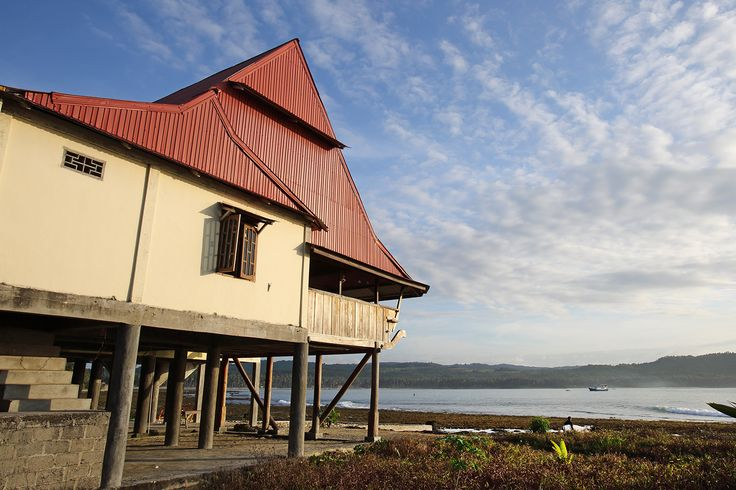 Guesthouse in Sorake on stilts designed as a traditional South Nias House. This unique building has a large balcony facing the world famous wave in Lagundri Bay. It is located about 250 meters from The Point. Nias Island, North Sumatra, Indonesia. Photo by Bjorn Svensson. www.visitniasisland.com