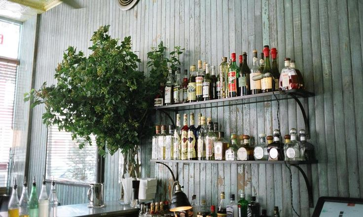 Hip Americana diner meets cool Parisian bistro