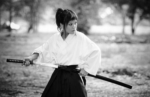 how to choose between iaido and kenjutsu