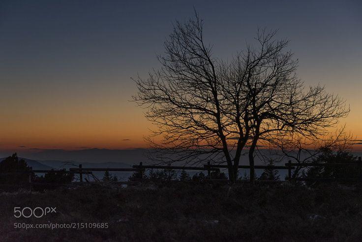 … Sonnenuntergang im Nordschwarzwald (3) … von HJB_2403 via ift.tt/2sE74pz   – Landscapes