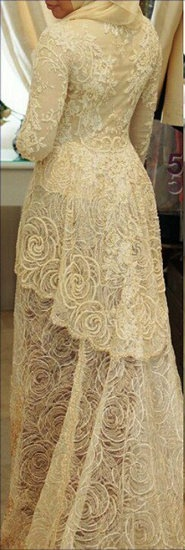 #Hijab Bridal Gown by House of Vera.. Elegant wedding. Boda elegante. Chic. Stylish.