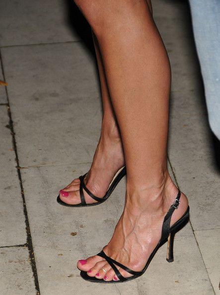 Jennifer Aniston Strappy Sandals - Jennifer Aniston Looks - StyleBistro