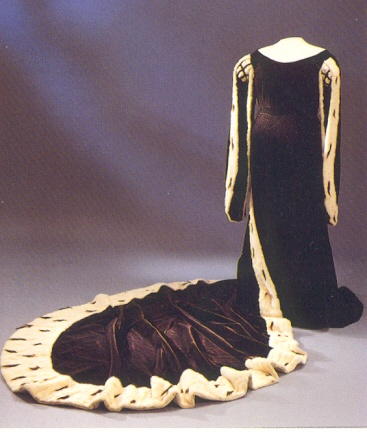 The Ermine court-dress once belonging to Princess Sybilla of Sweden (20th century)