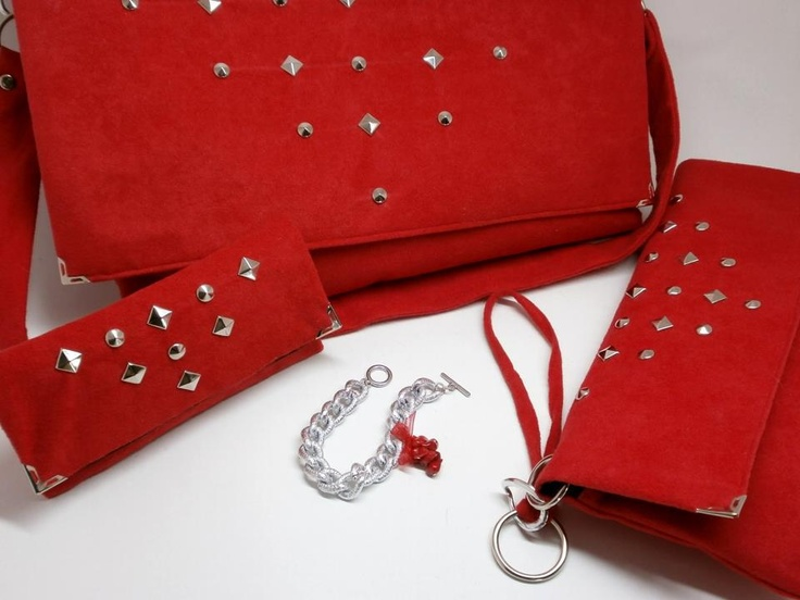 TALK of the TOWN page - purses & more.  https://www.facebook.com/TALK.of.the.TOWN.R