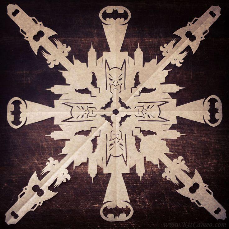 Batman paper diy, snow xmas decoration. Batman fiocchi di neve nerd, decorazioni di carta.