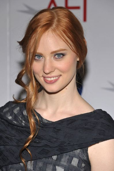 Deborah Ann Woll - plays Jessica on True Blood