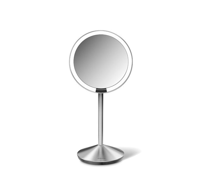The simplehuman sensor mirror lights up automatically. Its tru-lux light system simulates natural sunlight, allowing you to see full color variation, so you'll know when your makeup is color-correct and flawless. And unlike traditional makeup vanity mirrors' bulb lighting, our long-lasting LEDs won't burn out or diminish. The mirror folds down flat and stores easily in its travel case. Recharges with a standard USB port (cable included), and one charge lasts up to 5 weeks.      10x…