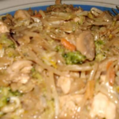 Better-Than-Takeout Thai Stir-FryChicken Stir Fries, Maine Dishes, Thai Chicken, Thai Stir Fries, Thai Stirfry, Thai Recipe, Betterthantakeout Thai, Stir Fry, Better Than Takeout Thai