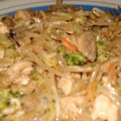 Better-Than-Takeout Thai Stir-FryChicken Stir Fries, Maine Dishes, Thai Chicken, Thai Stir Fries, Thai Stirfry, Thai Recipe, Betterthantakeout Thai, Stir Fry, Better Than Takeout Thai