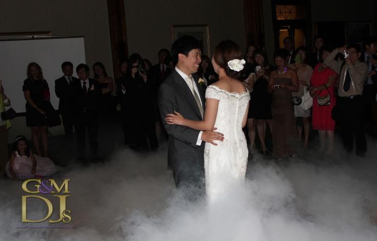Dancing on a Cloud | wedding first dance at Tattersalls Club | G&M DJs | Magnifique Weddings #gmdjs #magnifiqueweddings #weddinglighting #weddingdjbrisbane @gmdjs