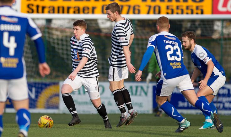 Queen's Park's Scott Gibson in action during the SPFL League One game between Stranraer and Queen's Park