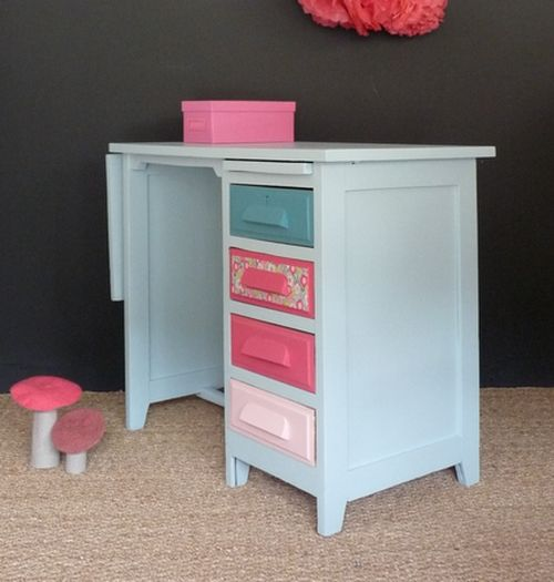 bureau vintage en ch ne couleurs pastels meubles et. Black Bedroom Furniture Sets. Home Design Ideas