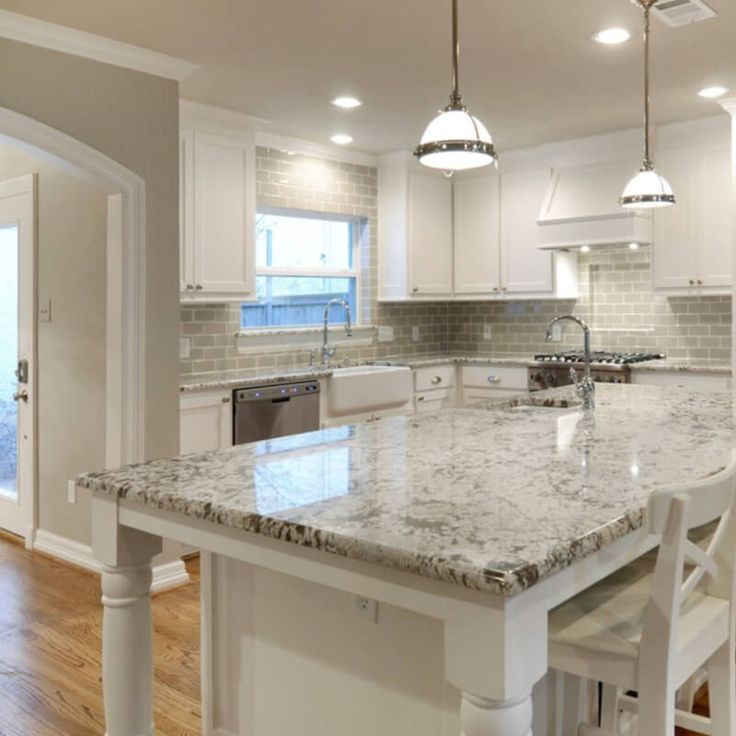 Granite Kitchen Countertops With Backsplash: Best 25+ White Granite Kitchen Ideas On Pinterest