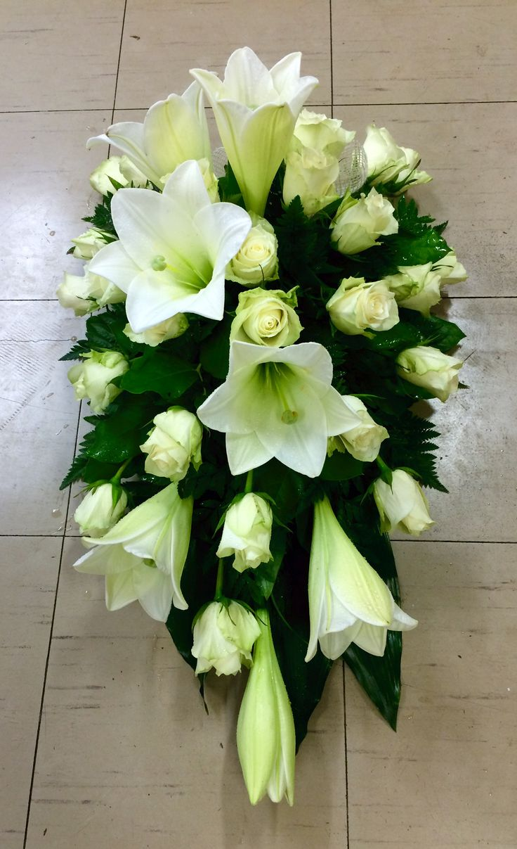 843 best florist images on pinterest floral arrangements flower funeral flowers centrepieces ikebana flower arrangements izmirmasajfo