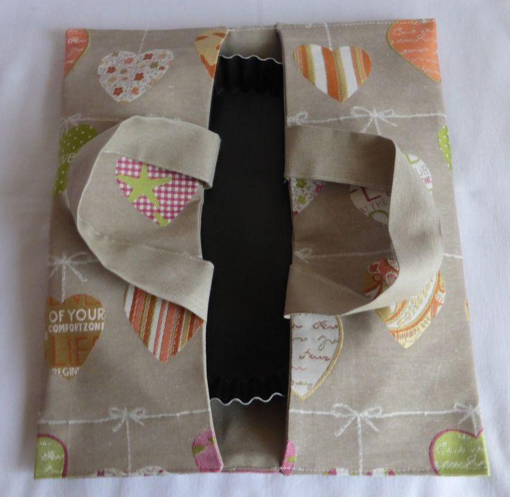 Sac à tarte en tissu beige avec motifs coeurs : Autres sacs par alsace-gourmets