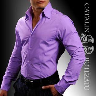 """Cămășile cu guler înalt sunt un """"must have"""" pentru cei care își doresc o îmbinare armonioasă de eleganță și masculinitate."""