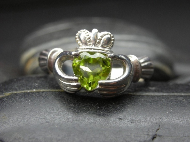Such a pretty ring with peridot