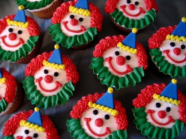 Clown Cupcakes :o) in cupcakes by