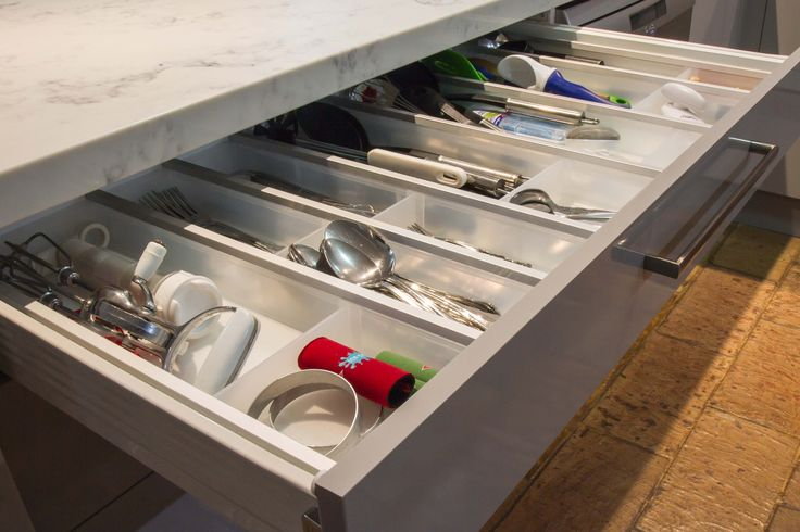 Cutlery insert. Cutlery and utensil drawer. Small contemporary kitchen. www.thekitchendesigncentre.com.au