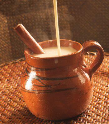 ¿Conoces el Chileatole?, es una bebida de con granos y trozos de elote, cocinado con chile y sal que se prepara en los estados de #Puebla y Tlaxcala. Lo tienes que probar!!!