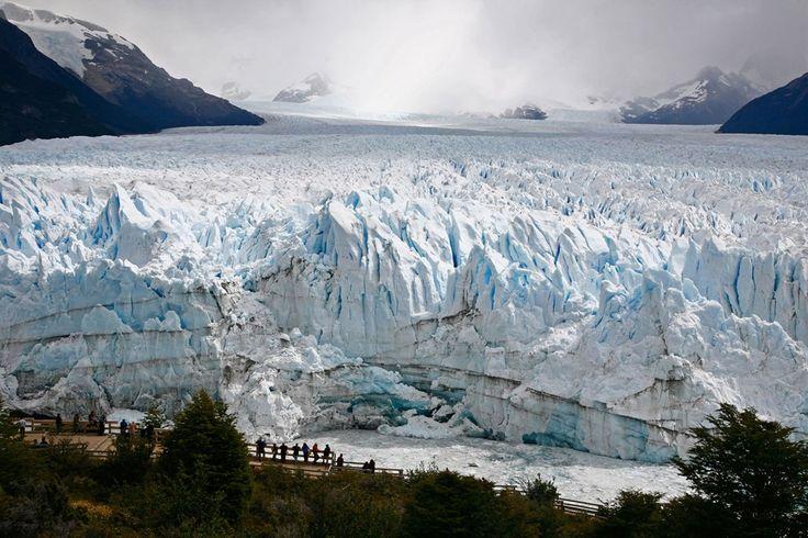 Perito Moreno Glacier at Los Glaciares Mational Park in El Calafate, Argentina