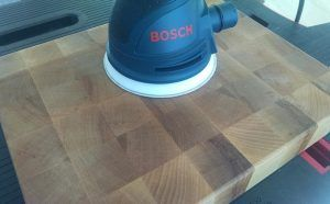 Bosch sander review of the ros20vsc random orbit sander - endgrain detail 1.