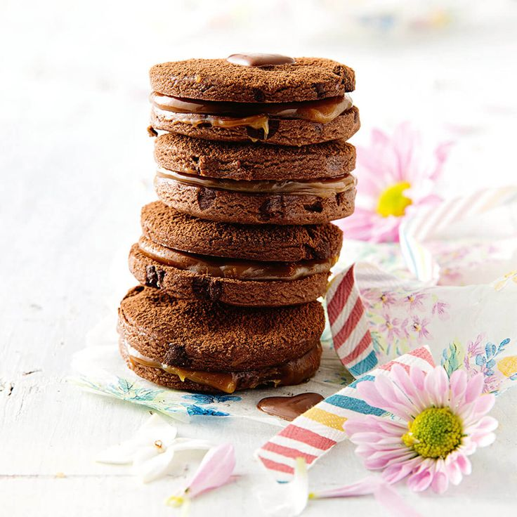 How to make delicious Chocolate Chip Biscuits. #HappyMothersDay #MothersDay #Treat #Biscuits #Chocolate #ChocChip #SpoilMum