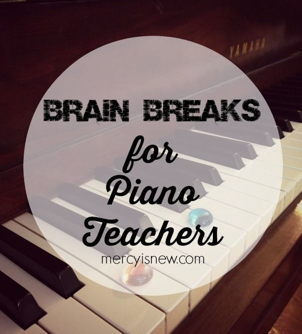 Using brain breaks while you teach piano is a great way to break up the time…