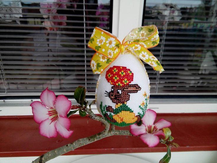 Velikonoční vajíčko se zajíčkem - křížková      výšivka