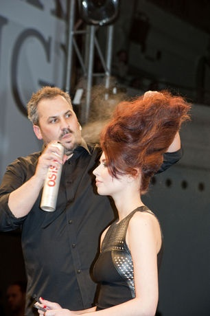 ESSENTIAL LOOKS Flux Collection  1:2012 by Schwarzkopf Professional