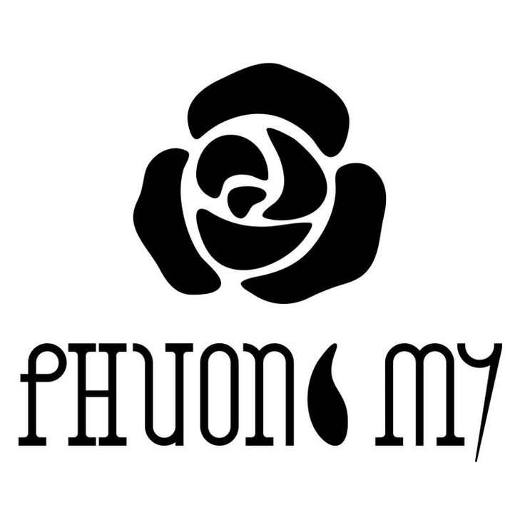 PHUONG MY Talented fashion designer based in Hochiminh city, Vietnam. Her inspiration is to create dreams for the women who wear her clothes.  #phuongmy #silk #organza #womandress