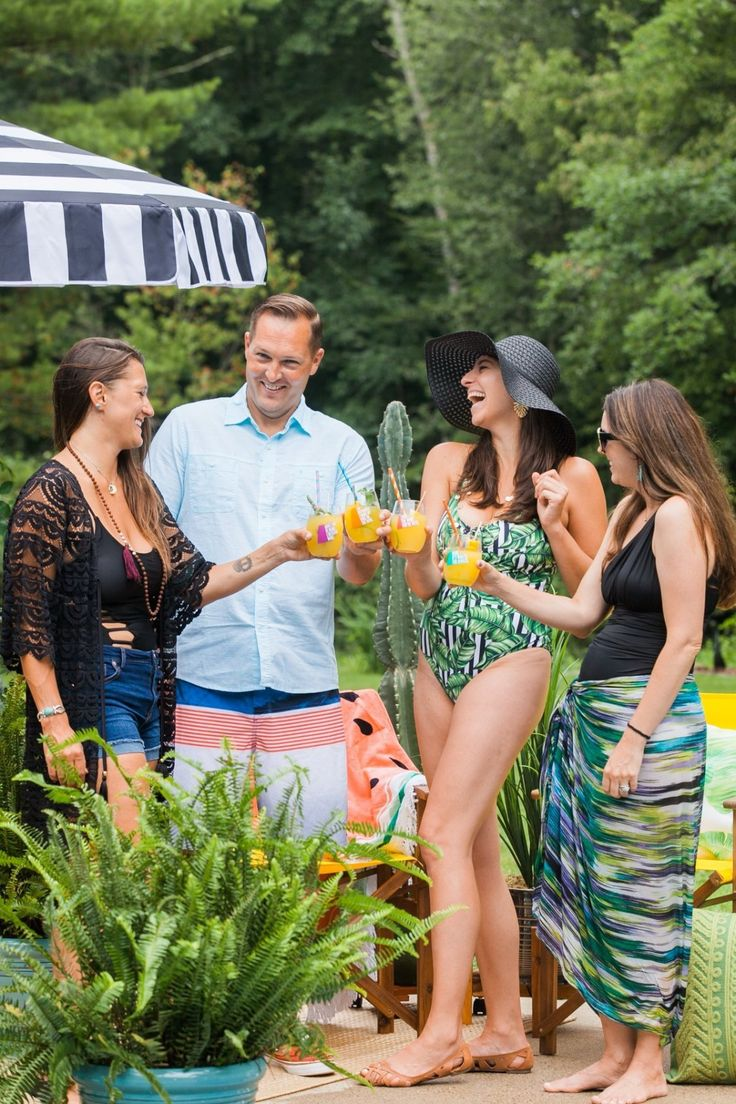 Bunte Sommer-Pool-Party-Ideen mit Bed, Bath & Beyond