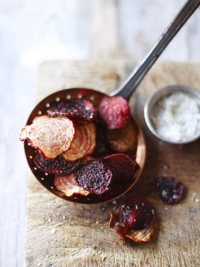 Beetroot chips with fennel salt