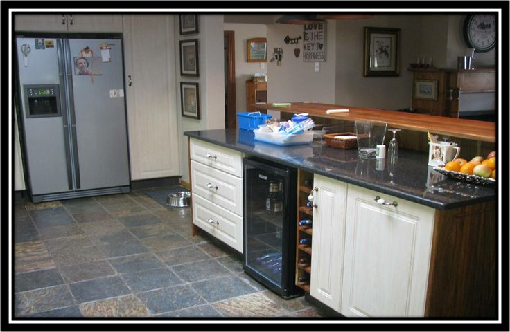Breakfast Bar granite and solid wood combo