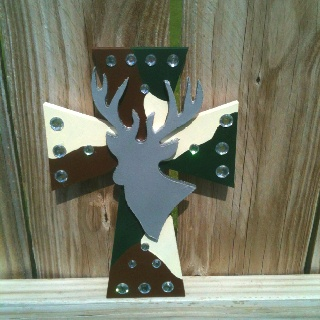 Wooden camo deer cross: Design Cross S, Camouflage Design, Wooden Crosses, Cross Designs, Cross Treasures, Wooden Camo, Craft Ideas, Camo Deer