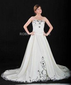 Robe princesse broderies  sans bretelle traîne cathédrale robe de mariée satin